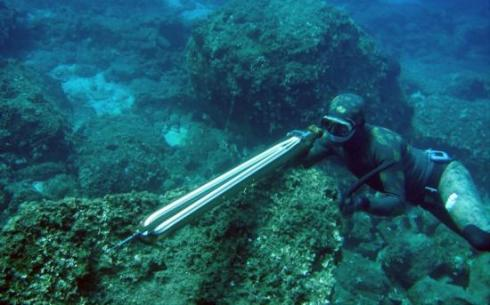 Deep Water Spearfishing to Very Deep Clear Waters